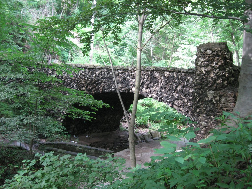 Cobblestone_Bridge_in_Schenley_Park_Pittsburgh